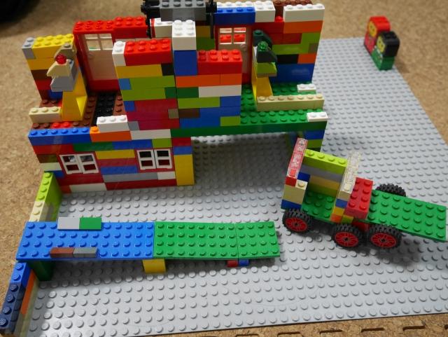 レゴ作品に特化した子供向け画像共有SNS「LEGO Life」がリリース